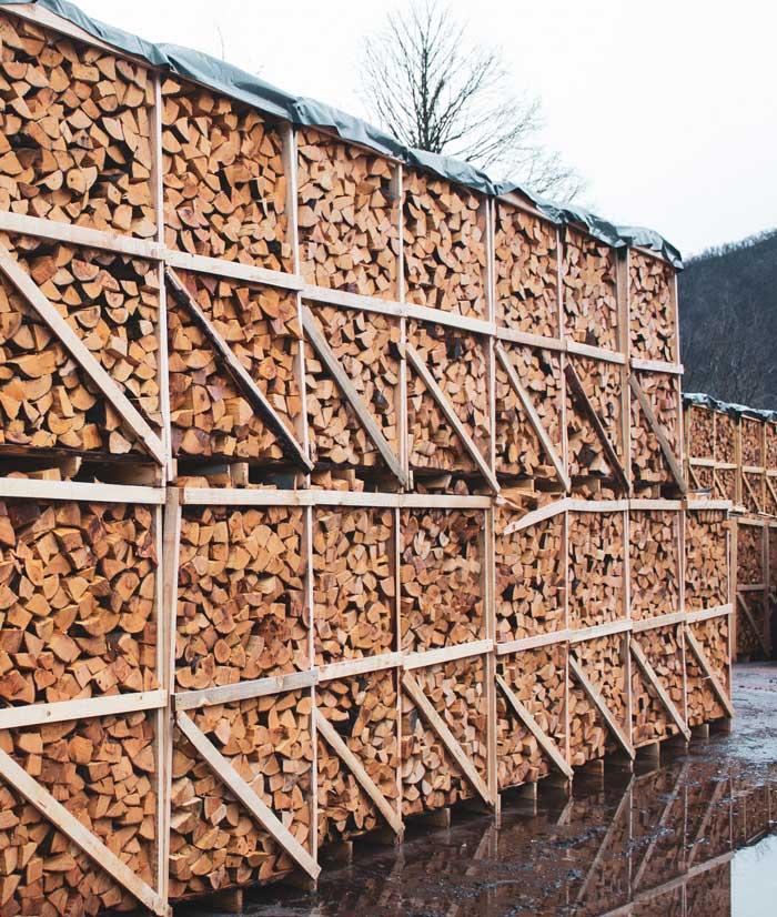 drva za kurjavo na paletah